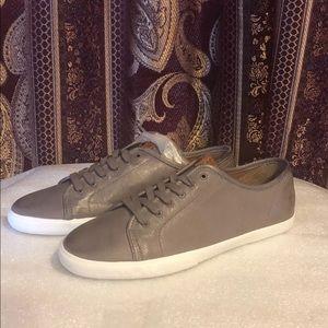 Frye Maya Low Lace Sneakers, Cement (10)